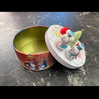 ディズニー(Disney)のディズニー クリスマス ケーキ 缶(小物入れ)