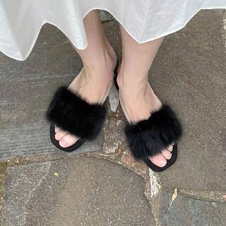 ZARA - nugu fur slippers ファーサンダル