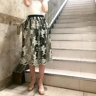 ジルスチュアート(JILLSTUART)の未使用 ジルスチュアート jill stuart White レース スカート(ロングスカート)