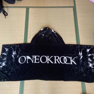 ワンオクロック(ONE OK ROCK)のONE OK ROCK フード付きタオル(ミュージシャン)