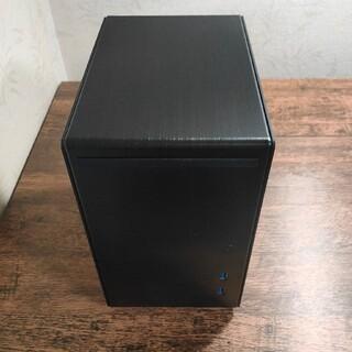 LianLi Mini-Q Mini-ITX対応キューブケース PC-Q21B