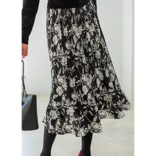 スタイルデリ(STYLE DELI)の【LUXE】フラワー柄プリーツスカート(ロングスカート)