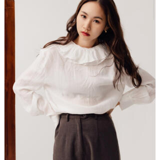 FRAY I.D - RANDEBOO Front frill blouse