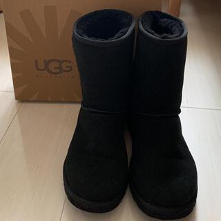 アグ(UGG)のUGG W CLASSIC SHORT ブラック 7(ブーツ)
