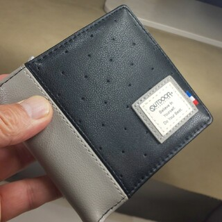 アウトドア(OUTDOOR)の新品未使用タグ付き、OUTDOOR、折りたたみ財布、ブラック(折り財布)
