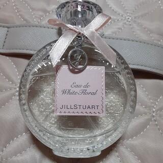 ジルスチュアート(JILLSTUART)のジルスチュアート オード ホワイトフローラル 香水(香水(女性用))