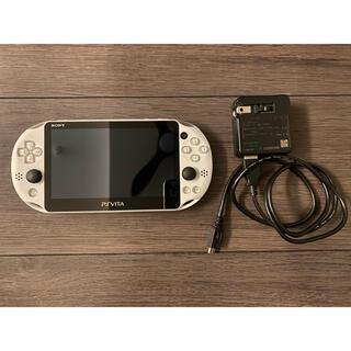 PlayStation Vita - 【美品】PlayStation Vita (ホワイト)&充電器