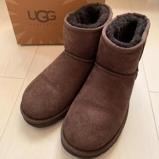 アグ(UGG)のUGG W CLASSIC SHORT チョコ 7(ブーツ)