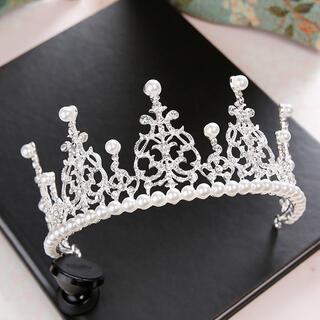 Angelic Pretty - 白王冠 カチューシャ 髪飾り 結婚式 ロリータ ゆめかわ vintage 韓国