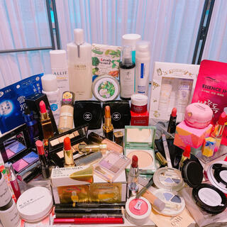 CHANEL - CHANEL LANCOME POLA コスメまとめ売り 大量可愛い化粧品セット