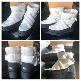 アグ(UGG)の美品 UGG ホワイトブーツ 25㎝(ブーツ)