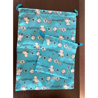 サンリオ(サンリオ)の貞子ちゃん様専用⭐︎チャーミーキティ巾着と手袋のセット(ポーチ)