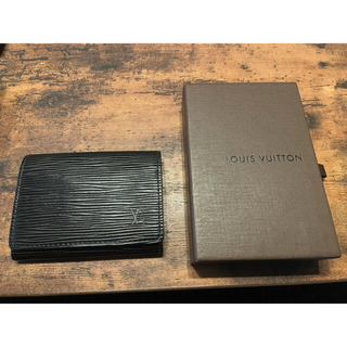 LOUIS VUITTON - LOUISVUTTON  ルイ・ヴィトン カードケース エピ 名刺入れ ブラック