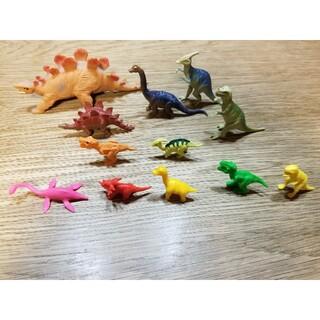 恐竜フィギュア 12体セット(フィギュア)