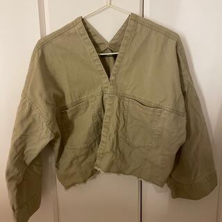カスタネ(Kastane)のKastaneのジャケット(ミリタリージャケット)