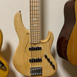 Fender - Atlier z beta 5