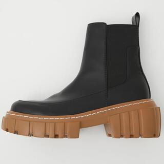 マウジー(moussy)のmoussy CATERPILLAR SOLE ブーツ ミドルブーツ(ブーツ)