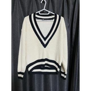マンゴ(MANGO)のVネック セーター(ニット/セーター)