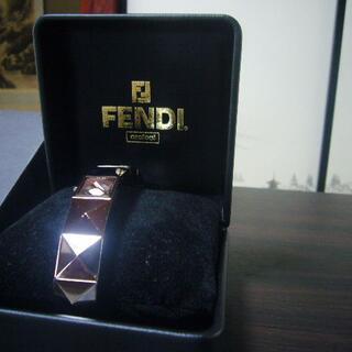FENDI - ★激レア★FENDY★スクエアブレスレットタイプ腕時計★フェンディ古物