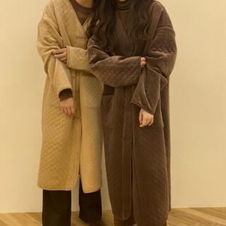 カスタネ(Kastane)のlawgy  original V quilting coat(ロングコート)