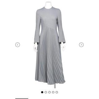 mame - mame kurogouchi CURVED PLEATED DRESS