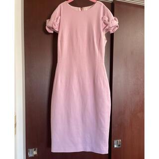 テッドベイカー(TED BAKER)のテッドベイカーの袖リボンワンピ、ピンク色で上品❗️(ひざ丈ワンピース)