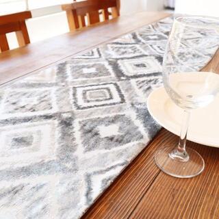 テーブルランナー タッセル付き(180×33cm, ライトグレイ)(ローテーブル)