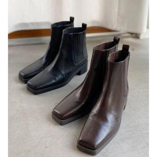アングリッド(Ungrid)のUngrid  スクエアトゥサイドゴアブーツ ブラック(ブーツ)