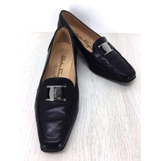 サルヴァトーレフェラガモ(Salvatore Ferragamo)のSalvatore Ferragamo(サルヴァトーレフェラガモ) レディース(ローファー/革靴)