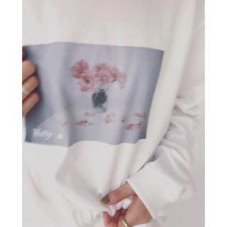 スナイデル(snidel)のPhilly chocolate / Pink flower Tshirt(Tシャツ(長袖/七分))