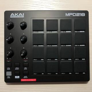 AKAI MPD218 MIDIパッドコントローラー(MIDIコントローラー)