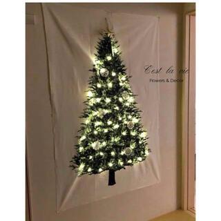 クリスマスツリー タペストリー LEDイルミネーション照明ライト付き