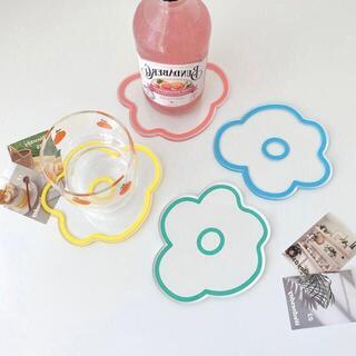 【値下げ】花柄コースター おしゃれ かわいい ピクニック インテリア 韓国 4枚