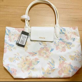 リエンダ(rienda)のリエンダ バッグ ハンドバッグ トートバッグ 花柄 上品 白 大きめ 大容量(トートバッグ)
