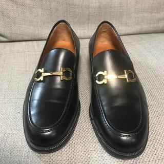 サルヴァトーレフェラガモ(Salvatore Ferragamo)のフェラガモ ガンチーニ レザーローファー(ローファー/革靴)