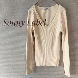 サニーレーベル(Sonny Label)のアーバンリサーチ サニーレーベル リブニット シルク入り オフホワイト【F】(ニット/セーター)