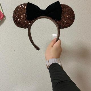 Disney - ディズニー カチューシャ  スパンコール  ブラウン