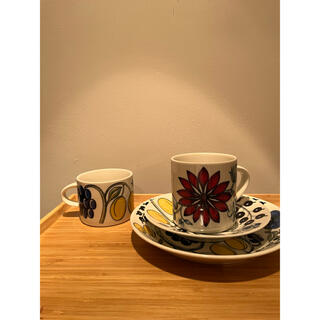 ARABIA - ARABIA Finland アラビアフィンランド マグカップ2つ お皿2つ