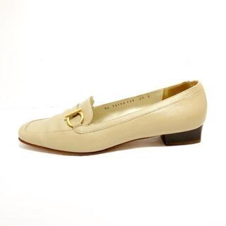 サルヴァトーレフェラガモ(Salvatore Ferragamo)のサルバトーレフェラガモ ローファー 6 1/2C(ローファー/革靴)