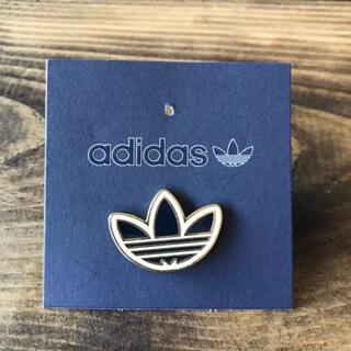 adidas - アディダス ピンバッジ