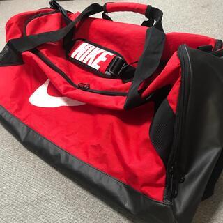 NIKE - ナイキ 赤 スポーツバッグ