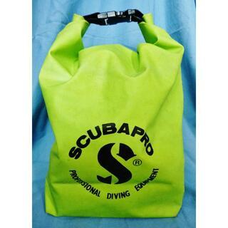 スキューバプロ(SCUBAPRO)の良品★ SCUBA PRO 完全防水100% ドライバッグ<水や砂からの保護に>(マリン/スイミング)