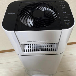 アイリスオーヤマ - アイリスオーヤマ 衣類乾燥除湿機 ホワイト 2019年製