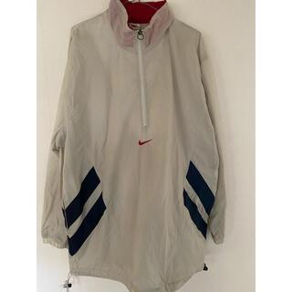 ナイキ(NIKE)のNIKE ハーフジップ ナイロンジャケット オフホワイト 赤 ネイビー 紺(ナイロンジャケット)