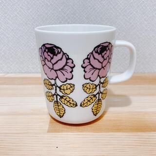marimekko - マリメッコ ヴィヒキルース ピンクイエロー マグカップ