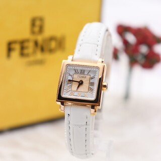 FENDI - 付属品付き【新品電池】FENDI 60500L/人気モデル オロロジ ズッカ柄