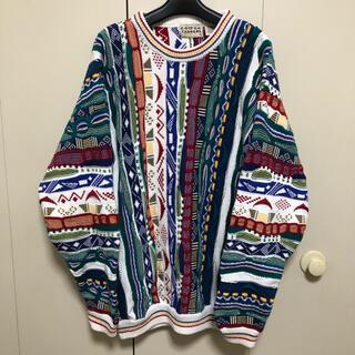 美品 ニット セーター クージー風 柄物 ビッグサイズ ホワイト 個性的