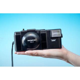 オリンパス(OLYMPUS)の【完動品】Olympus XA1 コンパクトカメラの革命児 (フィルムカメラ)