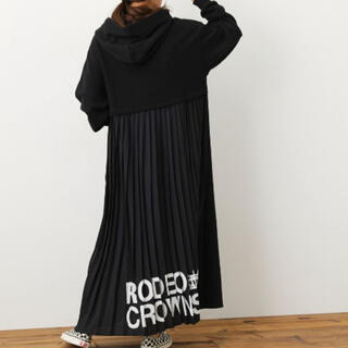 ロデオクラウンズワイドボウル(RODEO CROWNS WIDE BOWL)の【WEB限定アイテム】バックプリーツパーカーマキシワンピースWL(ロングワンピース/マキシワンピース)