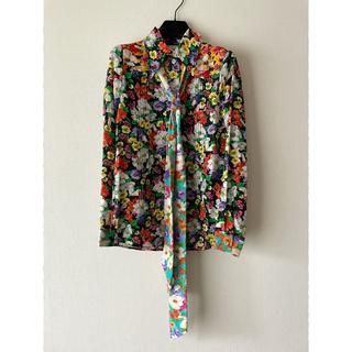 Gucci - GUCCI 18AW ワイルドフラワー シルクシャツ